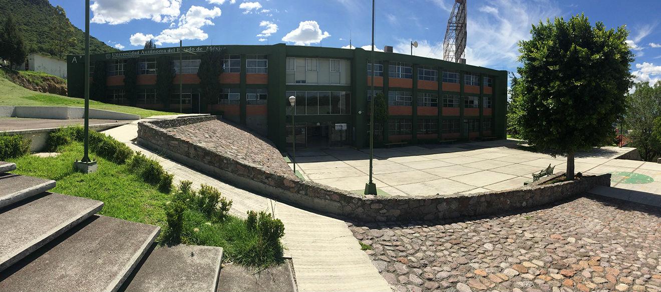 Blanca universidad del valle de mexico uvm - 1 10